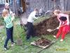 Команда молодых преподавателей и студентов Варнавинского ТЭТ помогают ветеранам